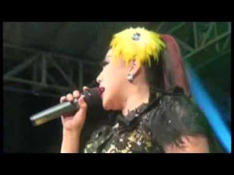 Penyanyi Sexy Wiwik Sagita New Pallapa Live Jombang 2015 2016