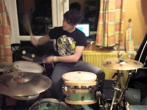 Rob ingham clark of 13 riots dualist custom drums test for 18x18 floor tom