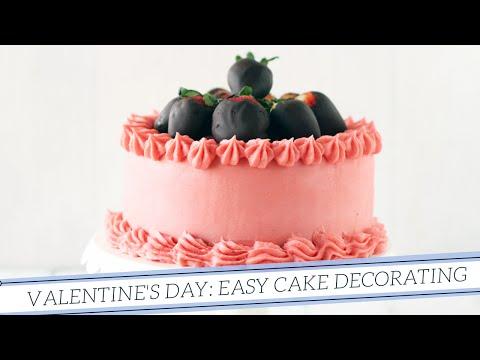 Valentine's Day: Easy Cake Decorating