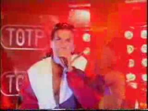 Peter Andre - Mysterious Girl live on TOTP