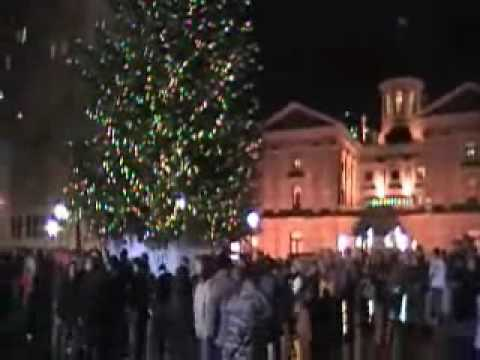 Portland New Years Eve in Pioneer Courthouse Square