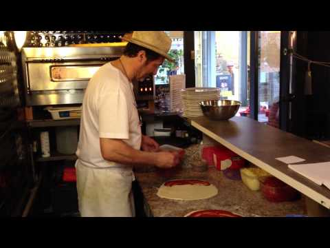 Restaurant Where Glamor and Pizzas Come Together at La Fille d'Easington - Pézenas online -