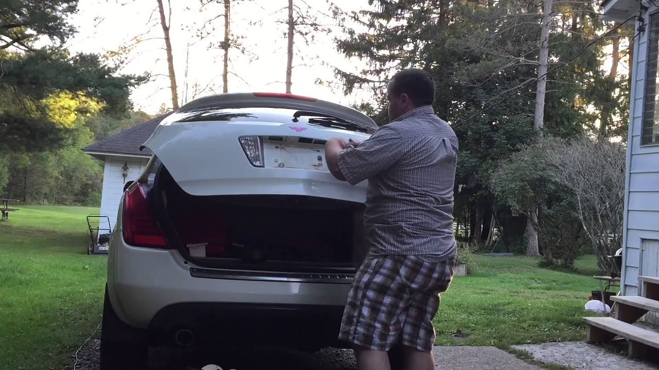 Nissan Murano Rear License Plate Bolts Youtube