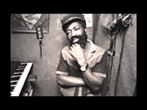 Larry Marshall & The Evernears - The Ark Of Jah Covenant - Version