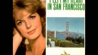 Gambar cover Julie London - I Left My Heart In San Francisco(Tony Bennett)