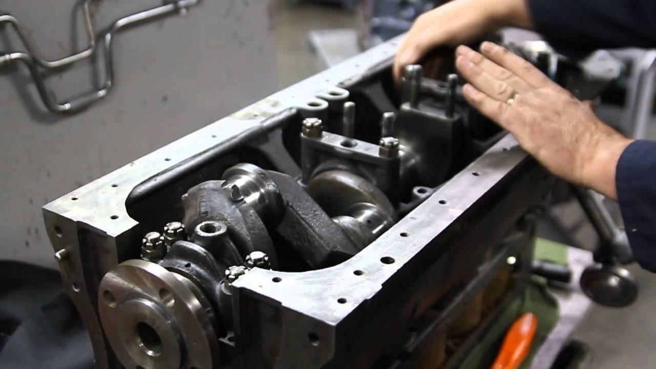 oldtimer motor revisie - YouTube
