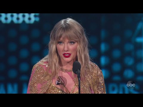 Taylor Swift Is Named Artist Of The Decade At The 2019 AMAs - The American Music Awards