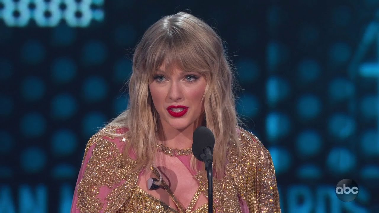 Taylor Swift Is Named Artist Of The Decade At The 2019 Amas The American Music Awards Youtube