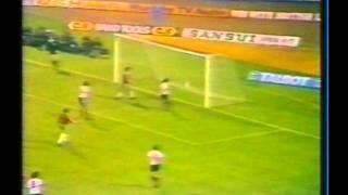 1979 (November 22) England 2-Bulgaria 0 (EC Qualifier).avi