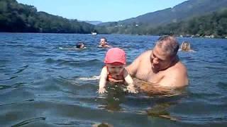lulu et papa dans l eau a mercus