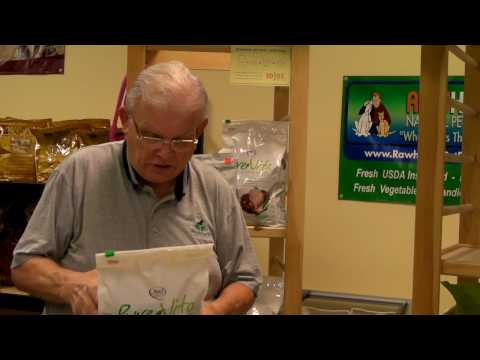 Whole Earth Pet Supply's Pet Food TV reviews Pure Vita Dog Food