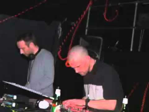 Autechre live at Montreal 2005 ('Untilted live set')
