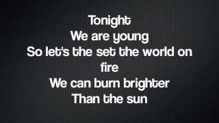 We Are Young- Cast of Glee (LYRICS)