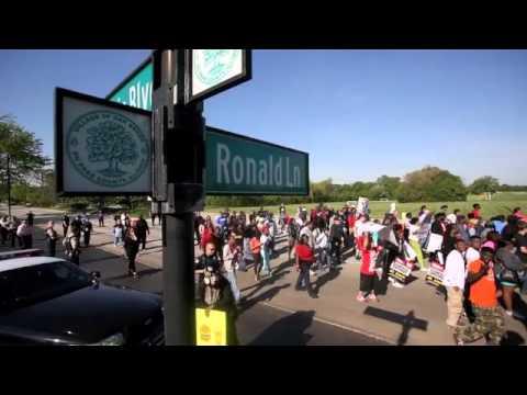 Protestors return to McDonald's headquarters