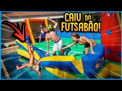 ELA CAIU DO FUTSABÃO NO MEIO DO VÍDEO!! [ REZENDE EVIL ]