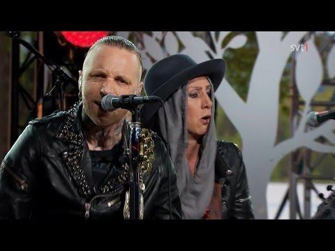 """Backyard Babies - Bloody Tears (Live """"Moraeus Med Mera"""")"""