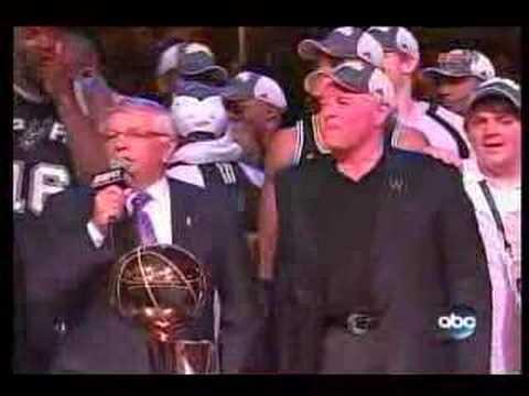 Spurs Hoist Larry O