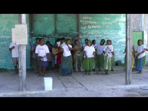Fanning Island (Oct 11, 2011) - native singing & dancing