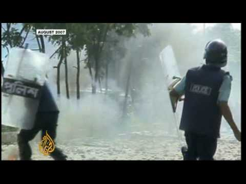 Bangladesh paralysed by political strikes
