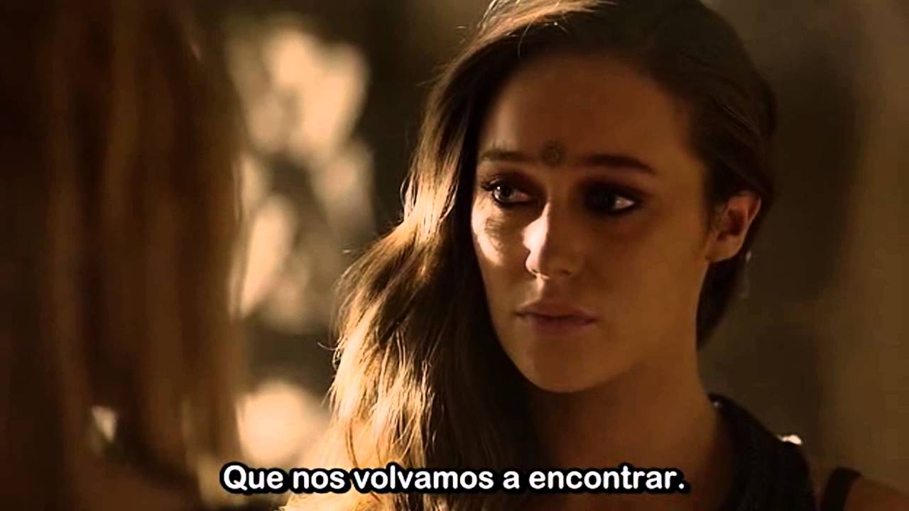 "Alycia Debnam Carey Nackt lexa and clarke ""kiss and bed scene"" - 3x07 