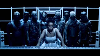 Repeat youtube video Rihanna - Pour It Up [Music Video Explicit]