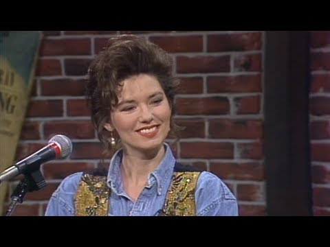 Entertainment Desk - Shania Twain interview before she became a superstar