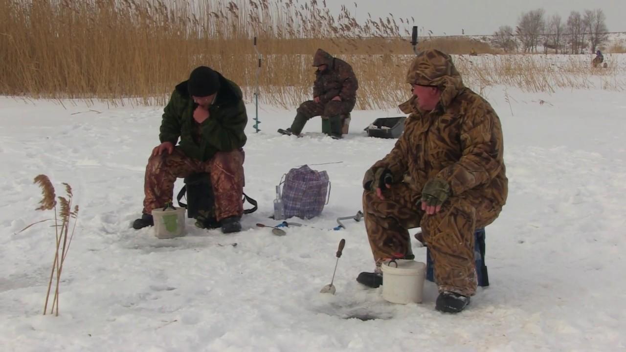 IX открытое соревнование по зимней рыбалке в Быковском районе