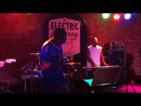 Last Call Live Band Karaoke - Enter Sandman