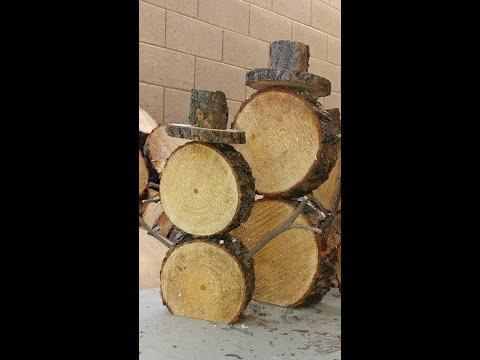How to make a log snowman