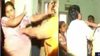 vuclip Lady Constables Fight for Husband | Illegal Affair with Wife Friend | TV5 News