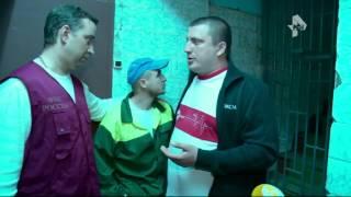 В Москве сотрудники ФМС обнаружили общежитие в подземелье(, 2015-05-15T09:38:08.000Z)