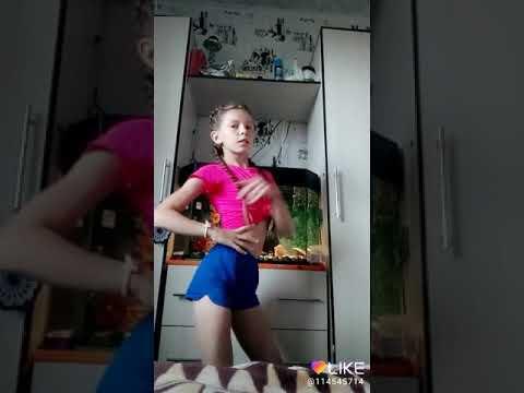 танцую