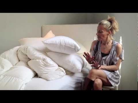 Episode 54 - Synthetic vs Down Pillows