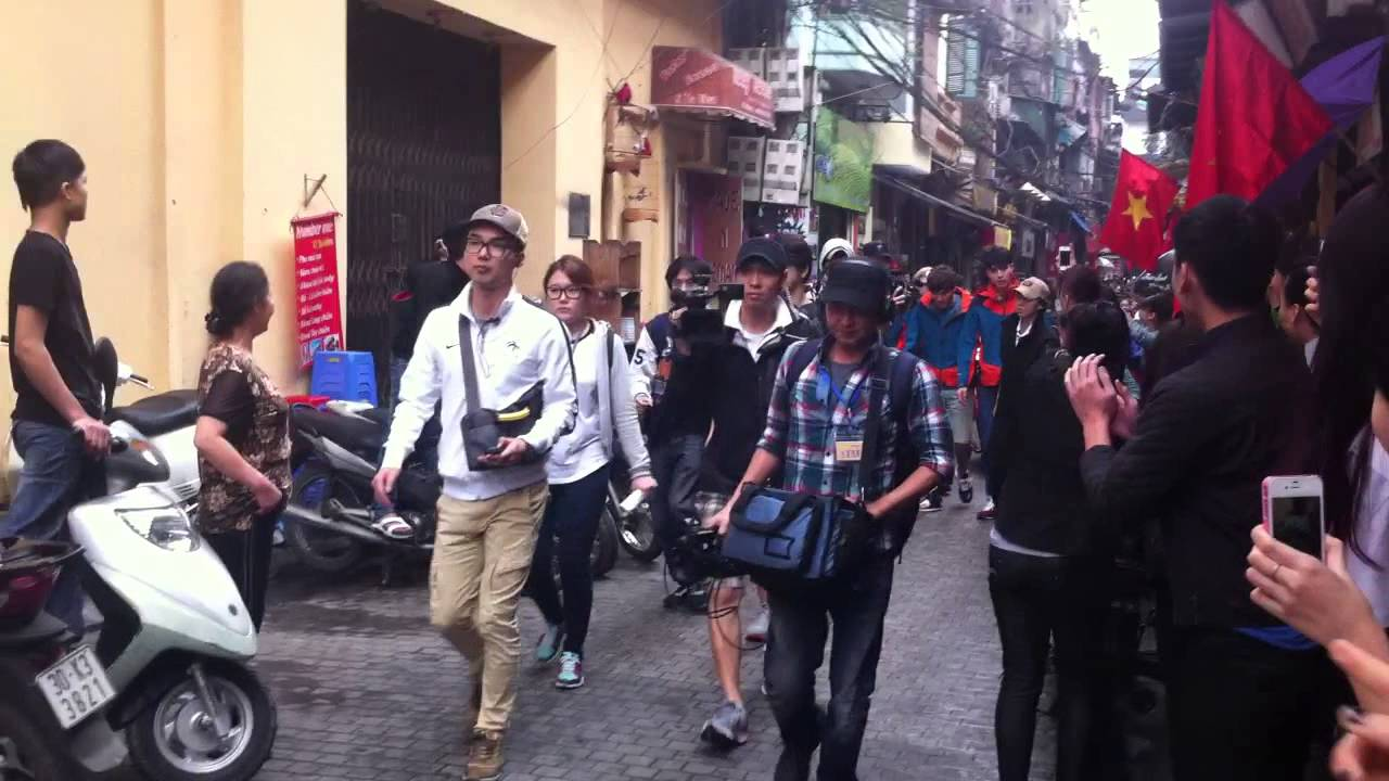 Running Man in Vietnam - Lee Gwang Soo, Kim Jong Kook ,Lee Dong Wook