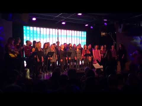 Brooklynite Choir sings Take your mama by the Scissor Sisters @Littlefield