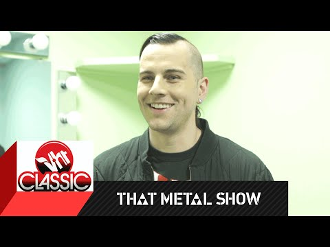 That Metal Show | M. Shadows: Behind the Scenes Interview | VH1 Classic
