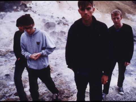 Blur - Song 2 (first ever preformance)