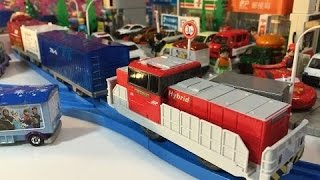 KF-02 HD300 Hybrid train at Tomica Town【Takara TOMY Plarail】01651 en
