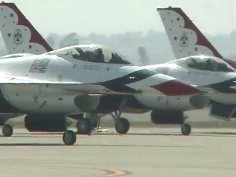 USAF Thunder Birds Thunder over the Empire March ARB Air Show 2006