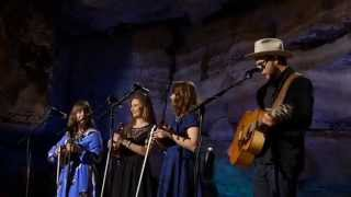 Amos Lee & The Quebe Sisters, Clear Blue Eyes  (Bluegrass Underground)