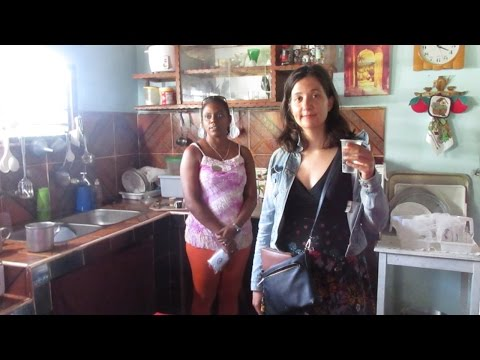 INSIDE A CUBAN HOME! (Checking Out How Communists Live)
