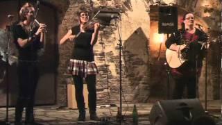 The Midden - Dark Island (live)