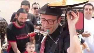 Download Video CIGO (One) Man Band Cool Performance! MP3 3GP MP4