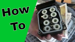 Video ABS Control Module Replacement 2007-2009 Toyota Camry (How to) download MP3, 3GP, MP4, WEBM, AVI, FLV Juli 2018