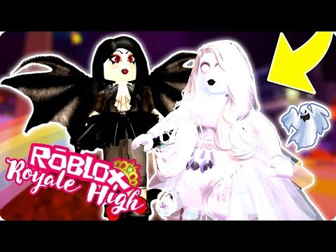 Top 5 Most Popular Halloween Costumes In Royale High Roblox Royale High Halloween Costumes Youtube