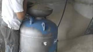 Пескоструйный аппарат(Очищается металлическая поверхность аппаратом струйной очистки АСО-150. Подробные технические характерист..., 2012-01-25T13:31:37.000Z)