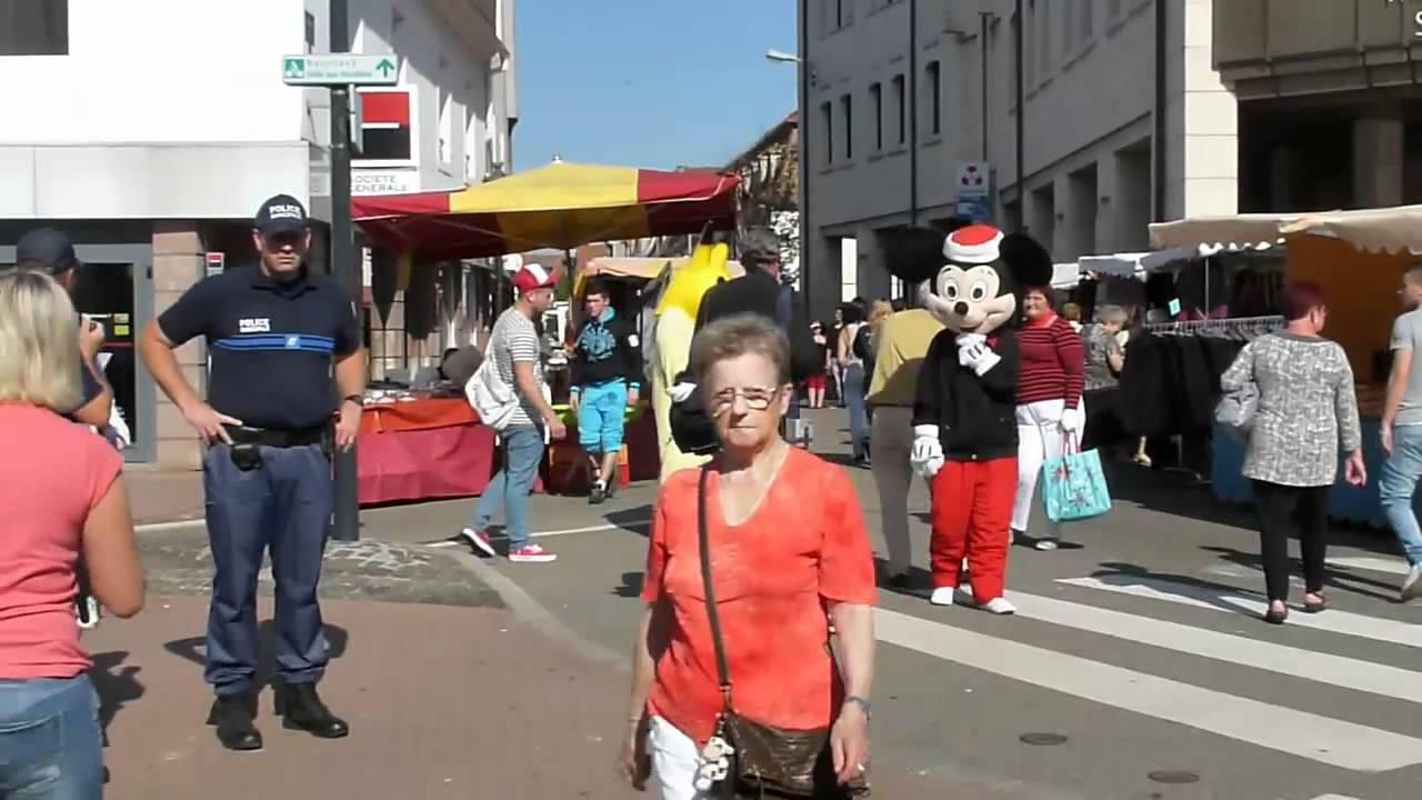 Einkaufen In Hagenau Im Elsaß