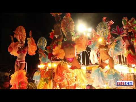 Cuban Hot Dancing - Santiago de Cuba Carnivals - 040v01