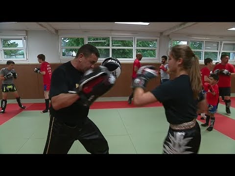 Kick-boxing : Loubna Valera, 15 Ans, En Route Pour Les Championnats D'Europe