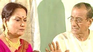 Himani Shivpuri, Sudhir Dalvi, Apan Apan Bhagya Ba - Bhojpuri Scene 1/13